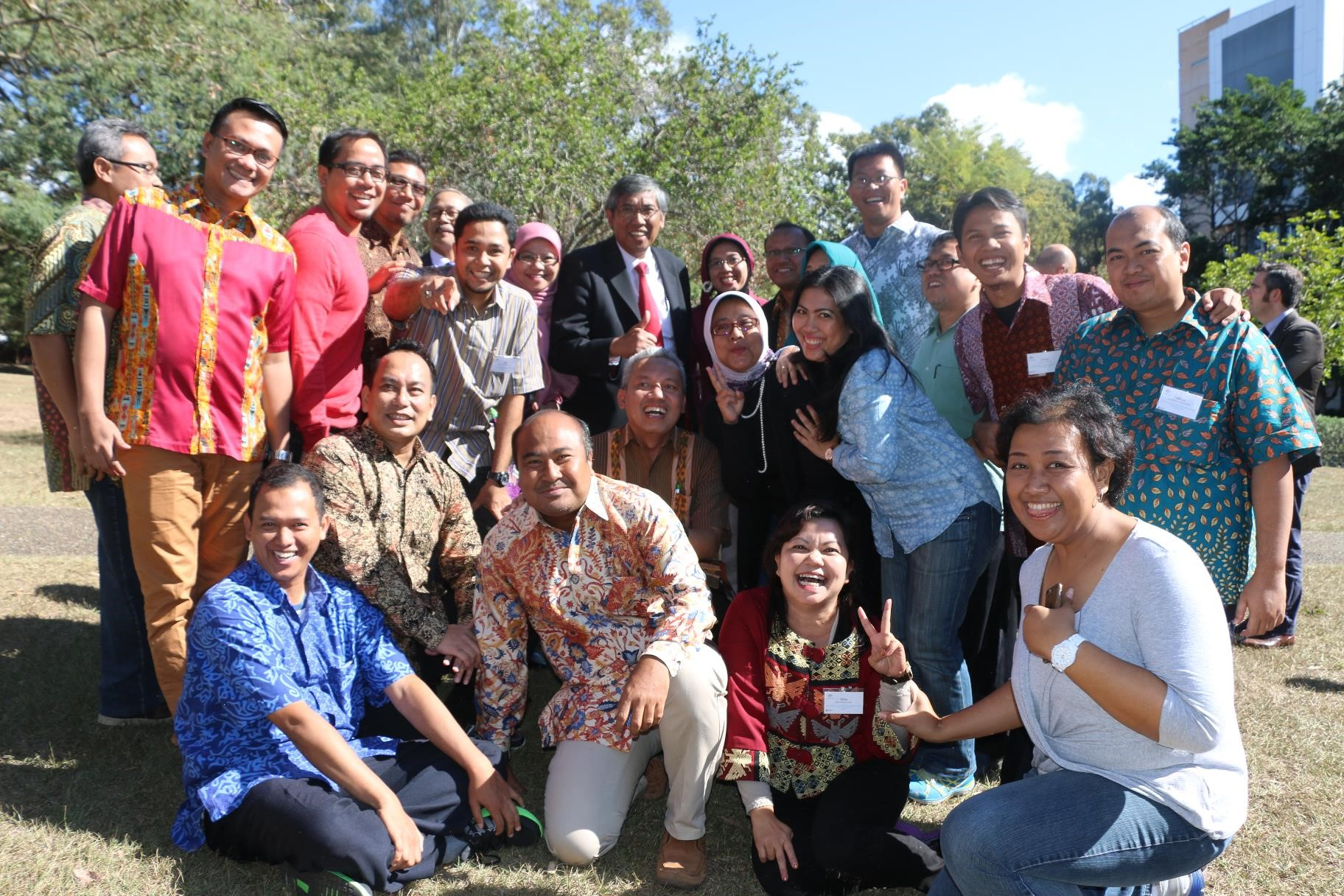 Vice Finance Minister Republic of Indonesia Professor Mardiasmo with participants of Strengthening the Public Policy Making Process short course