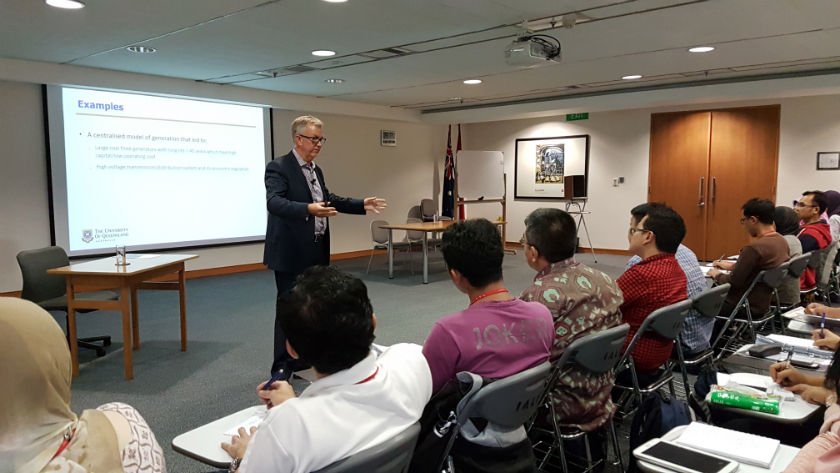 Prof Chris Greig from University of Queensland gives a lecture to Australian Alumni and Awardees on energy outlook and innovation