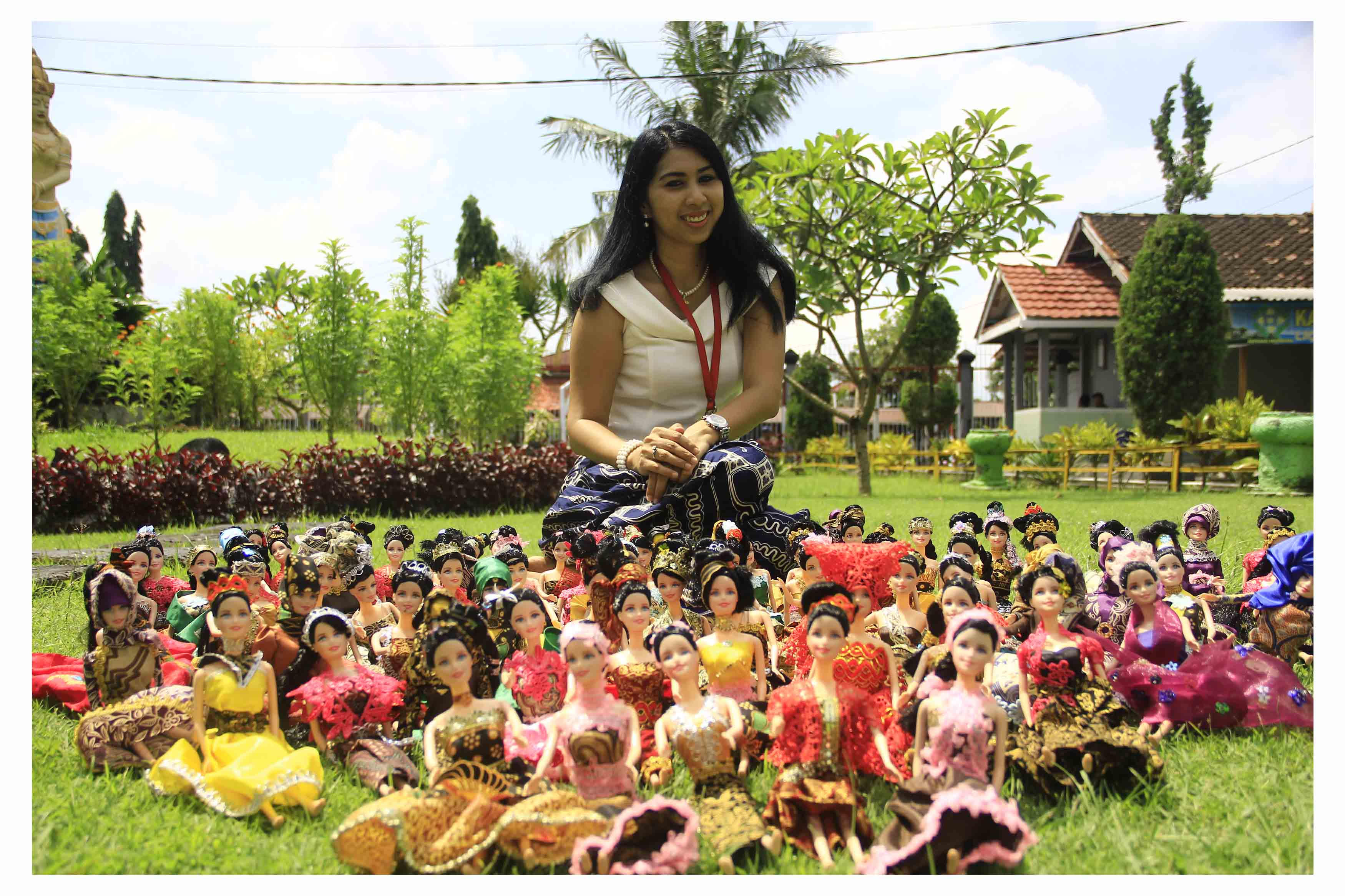 Batik wearing dolls: a symbol of hope for female inmates