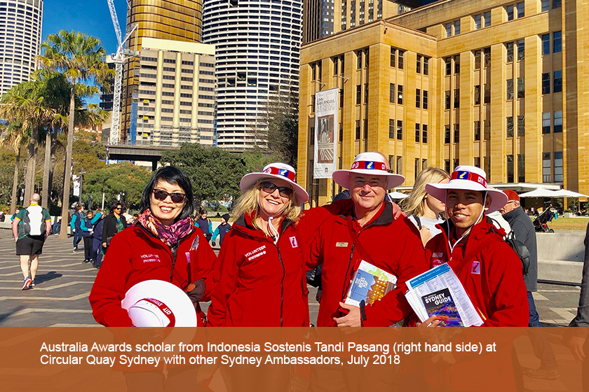Australia Awards scholar from Indonesia poses with other Sydney Ambassadors at Circular Quay Sydney.